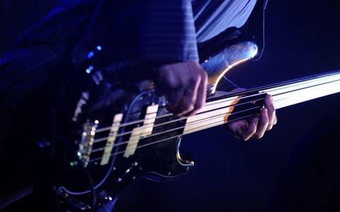 Buy Tony Franklin Fretless Bass Grooves Vol  1 ()